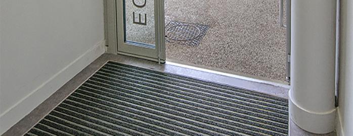 Home - Plinthe carrelage et tapis picasso